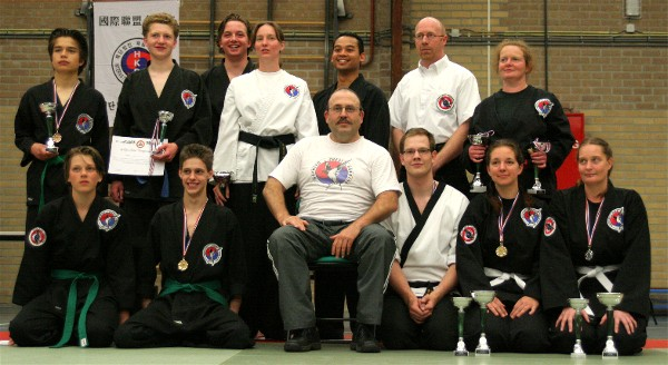 Hapkido_adults_2009.jpg